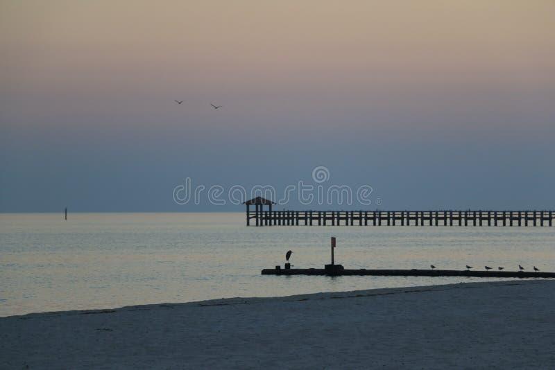 Заход солнца в Gulfport, MS стоковые изображения