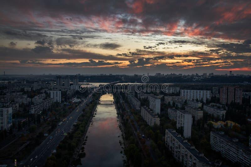 Заход солнца в Kyiv, Украине стоковое изображение
