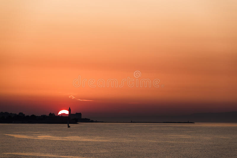 Заход солнца в Trani стоковая фотография rf