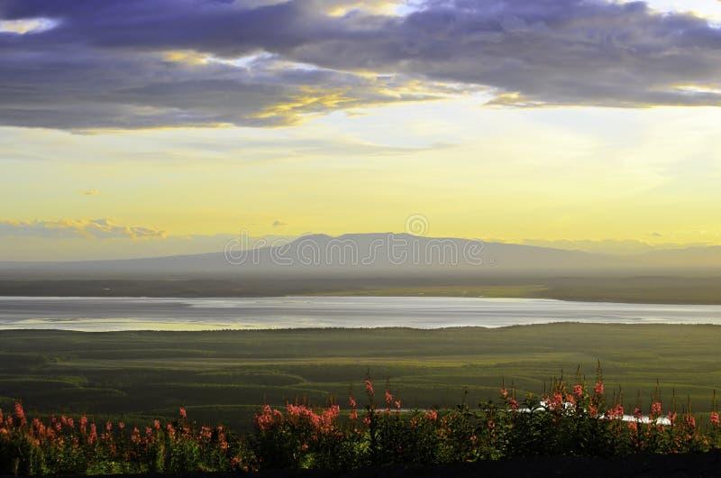 Заход солнца горы стоковые фото