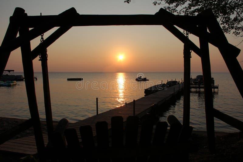 Заход солнца курорта стоковое фото rf