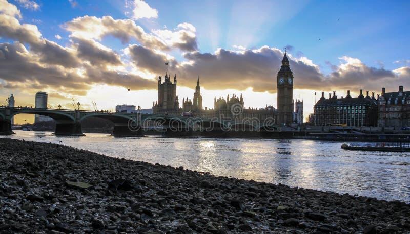 Заход солнца Лондона стоковое изображение rf
