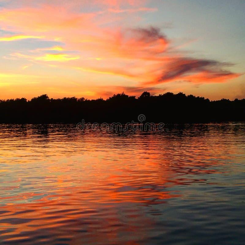 Заход солнца Луизианы стоковые фотографии rf