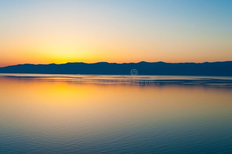Заход солнца на Байкале, Сибире стоковые фотографии rf
