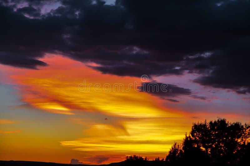 Заход солнца на ворот к Калифорнии стоковые фотографии rf