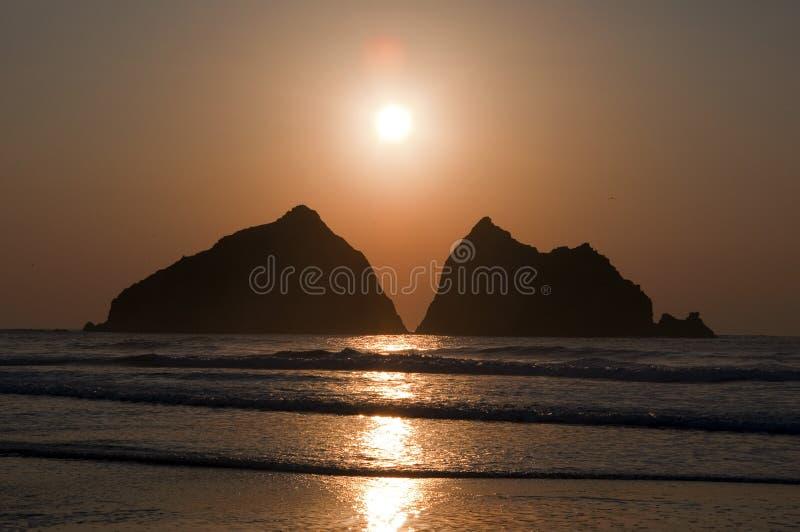 Заход солнца на заливе Holywell стоковая фотография rf
