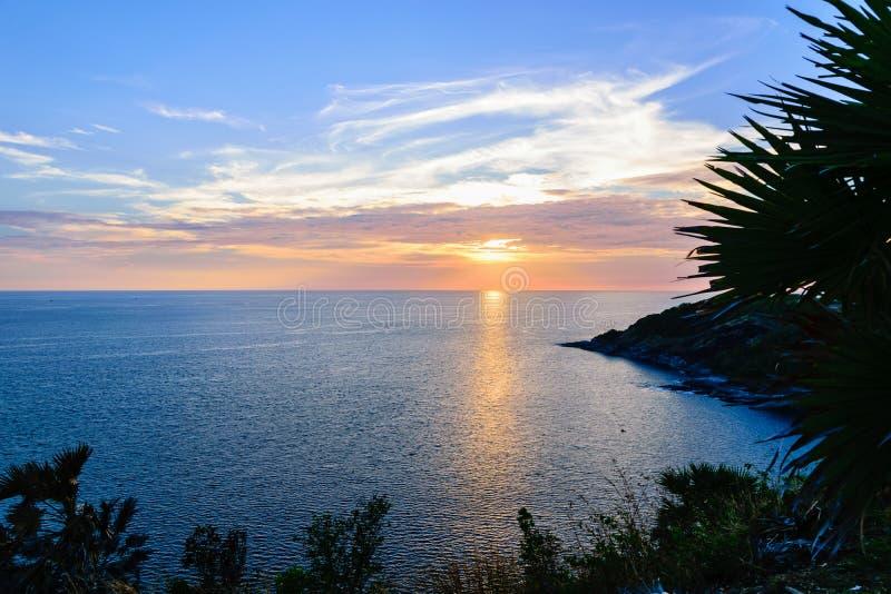 Заход солнца над морем Andaman стоковое изображение rf