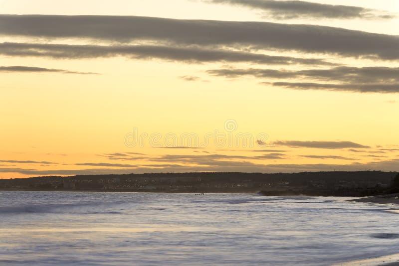 Заход солнца на пляже Ла Gola стоковое фото