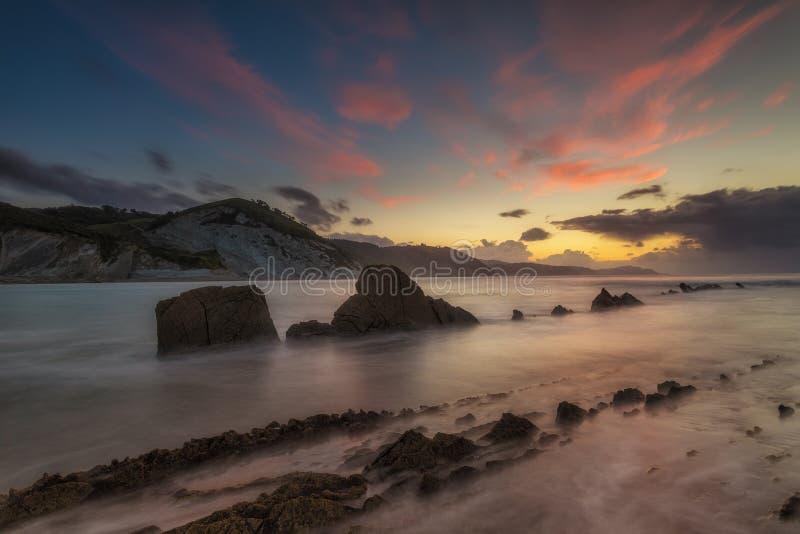 Заход солнца на пляже Sakoneta стоковые изображения rf