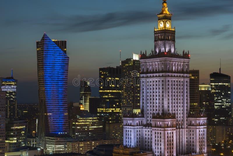 Заход солнца над районом Варшавы городским стоковое фото rf