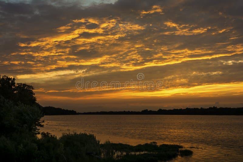 Заход солнца на реке Maumee стоковое фото rf