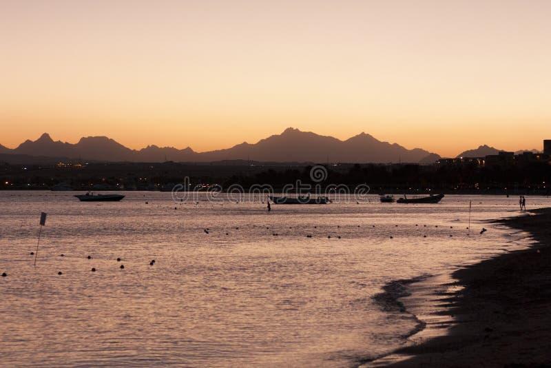 Заход солнца на фото моря стоковое фото rf