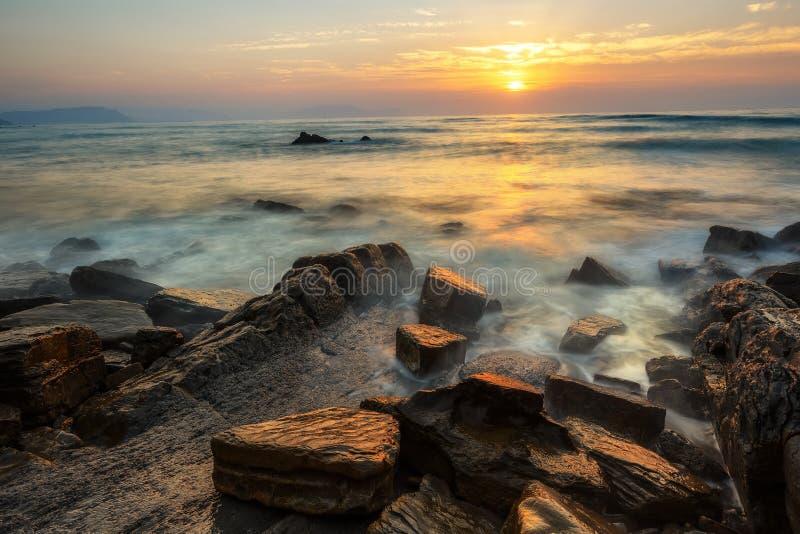 Заход солнца на Barrika стоковые изображения