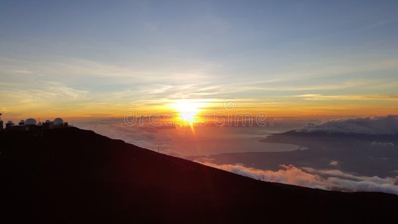 Заход солнца на Haleakala, Мауи стоковое изображение
