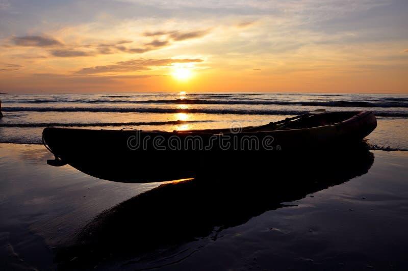 Заход солнца на Koh Kood стоковые изображения