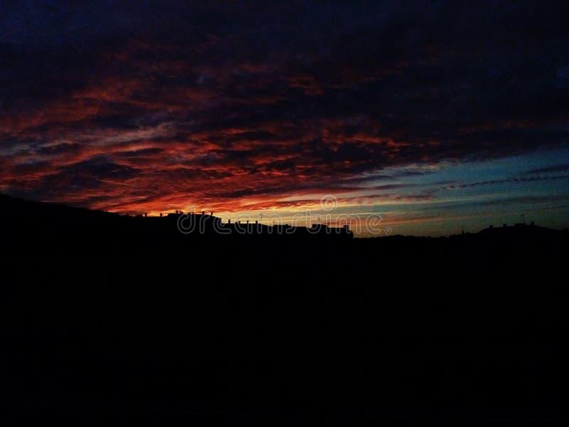 Заход солнца осени в небе стоковые фотографии rf