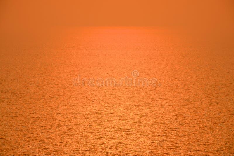 Заход солнца отражает стоковые фотографии rf