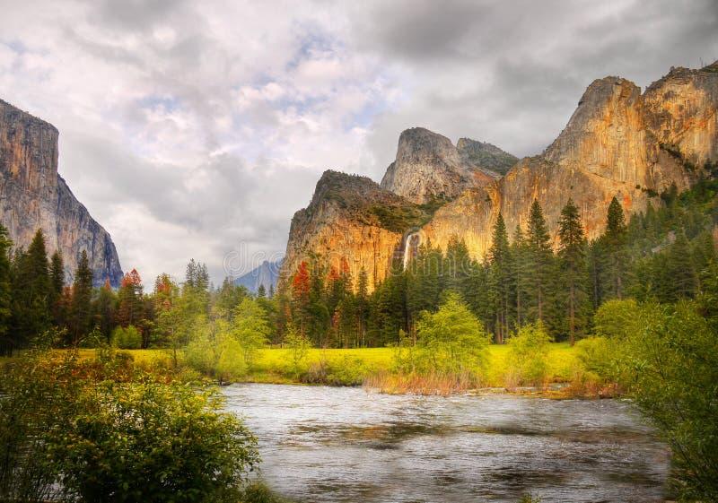 Заход солнца долины Yosemite стоковые фото