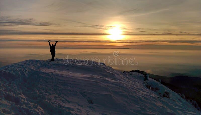 заход солнца природы горы состава стоковая фотография rf