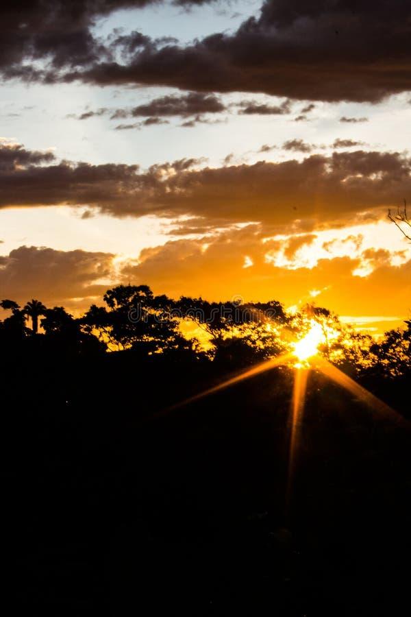 Заход солнца сельской местности стоковые фотографии rf