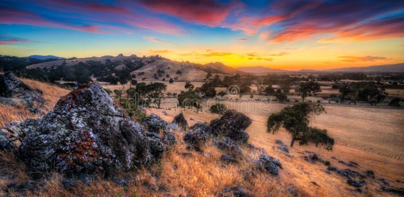 Заход солнца холма Калифорнии Моргана стоковое фото rf