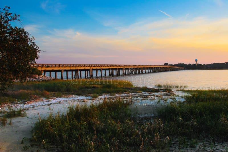 Заход солнца Южной Каролины острова Fripp мощёной дорожки стоковое фото rf