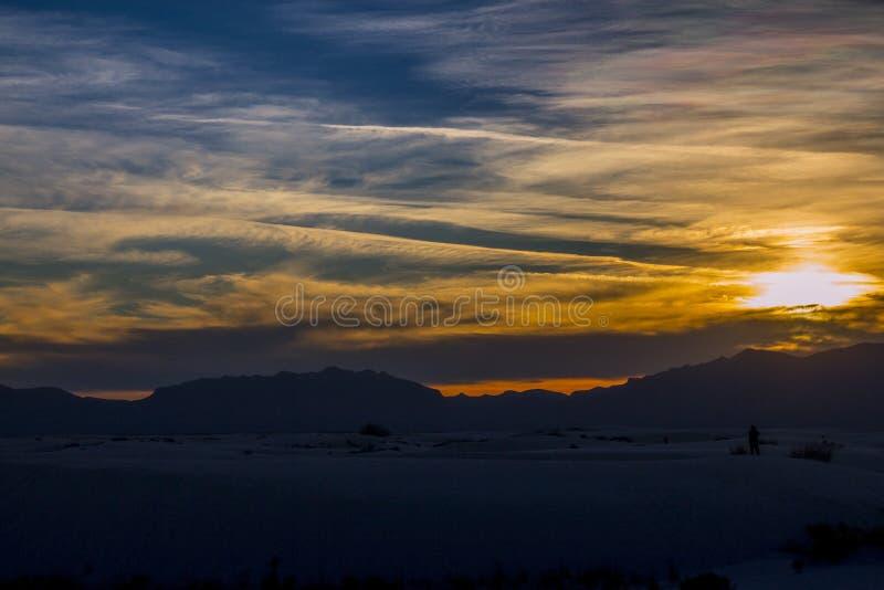 Download Заход солнца стоковое фото. изображение насчитывающей пески - 40586662