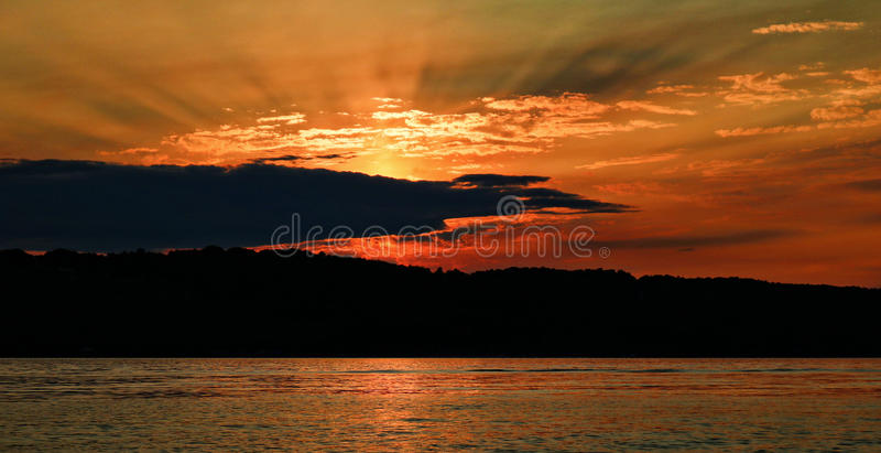 Заход солнца Cayuga стоковое изображение