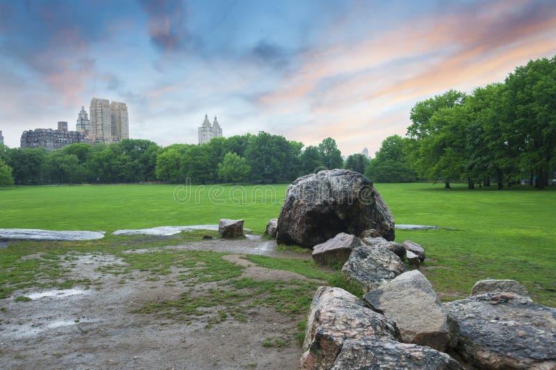 Заход солнца Central Park в Нью-Йорке стоковое изображение