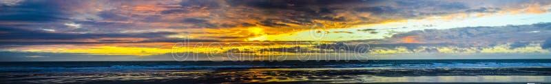 Заход солнца Pano стоковое изображение
