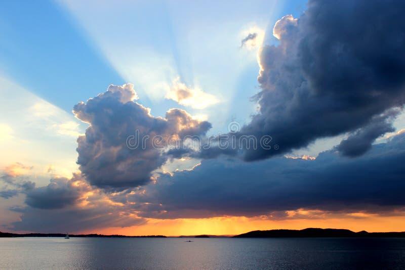 Заходящее солнце стоковые фотографии rf