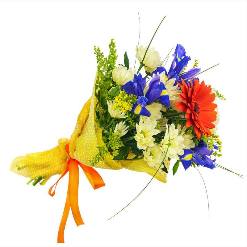 Зацветите букет от изолированных gerbera, радужки и других цветков стоковые фотографии rf