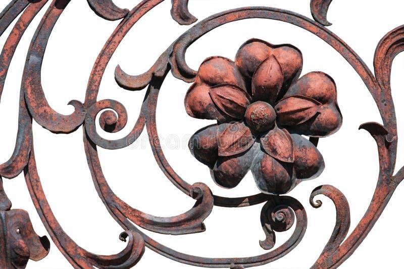 Зацветите деталь загородки старой ржавчины богато украшенной стоковая фотография