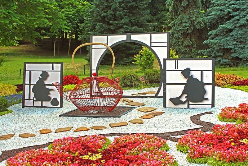Зацветите ` Япония выставки через глаза ` Украины на поляке Spivoche в Kyiv, Украине стоковые изображения