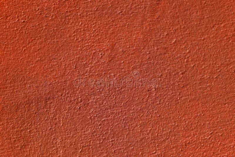 Заштукатуренная поверхностная стена, покрашенная в коричневом цвете, текстура детали стоковая фотография rf