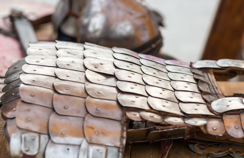 Защита воинской серии панцыря панцыря плиты масштабов металла стоковое изображение rf