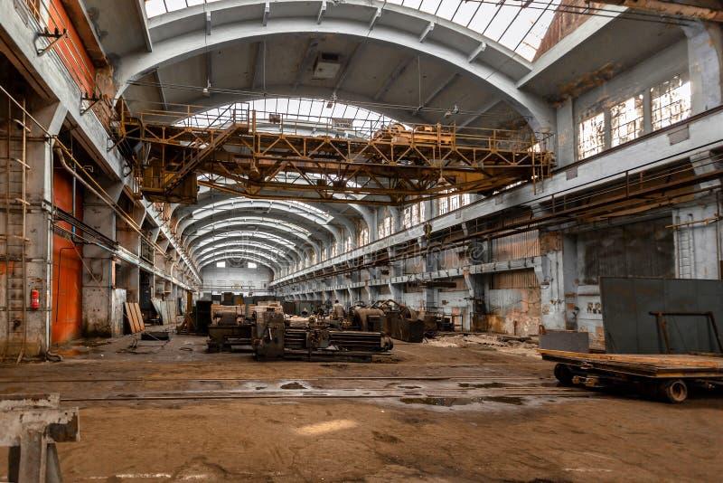 Зала распределения электричества в металлургии стоковое изображение rf
