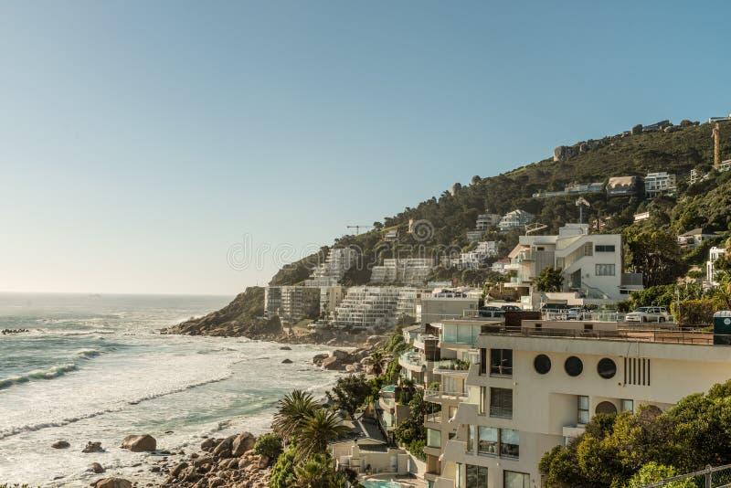 Залив лагерей в Кейптауне & x28; Южная Африка & x29; стоковые фотографии rf