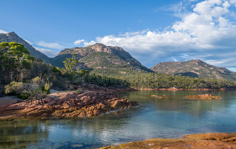 Залив медового месяца, Тасмания стоковое фото