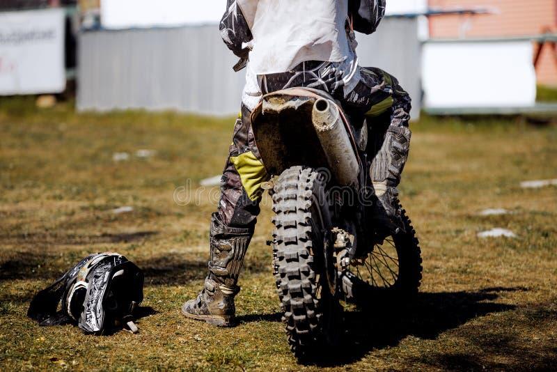 Заднее колесо гонок мотоцикла стоковое фото