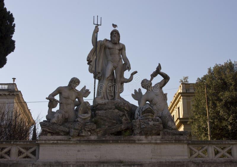 Задняя часть осветила близко вверх фонтана Нептуна стоковое изображение