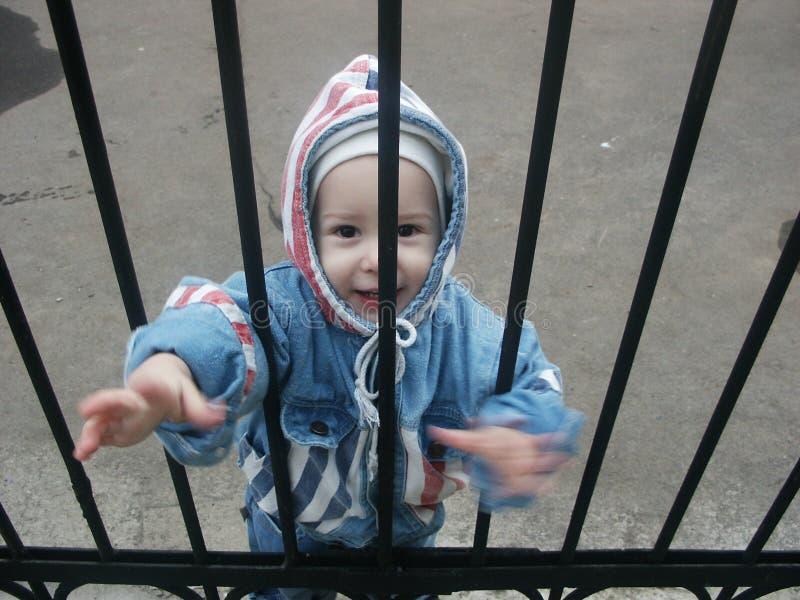 за стробом ребенка стоковое изображение rf
