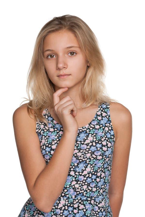 Задумчивая предназначенная для подростков девушка стоковые фотографии rf