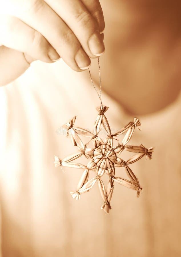 звезда орнамента руки вися Стоковое Изображение RF
