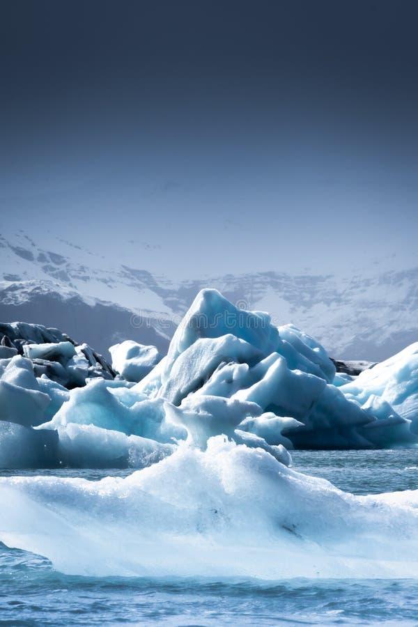 Звездная ночь пляжа ледника Jokulsarlon стоковое изображение rf