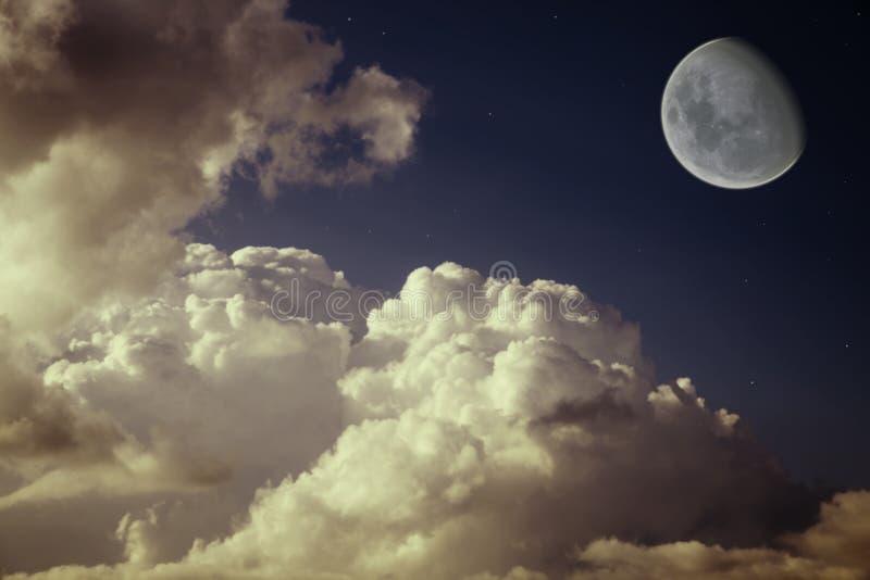 звезды ночного неба голубой луны стоковые фото