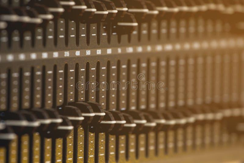 Звук системы управления скольжения, выравниватель тома стоковые фотографии rf