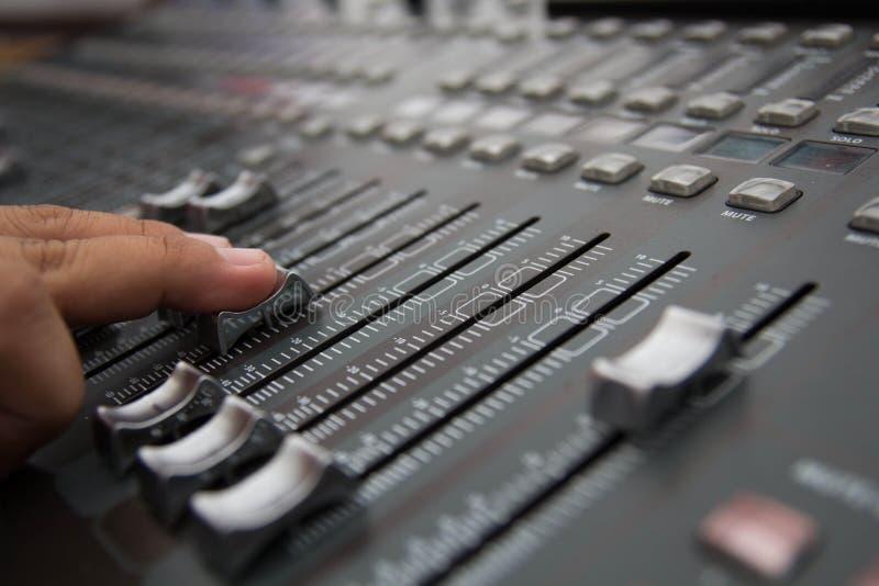 звук стола смешивая стоковые фото