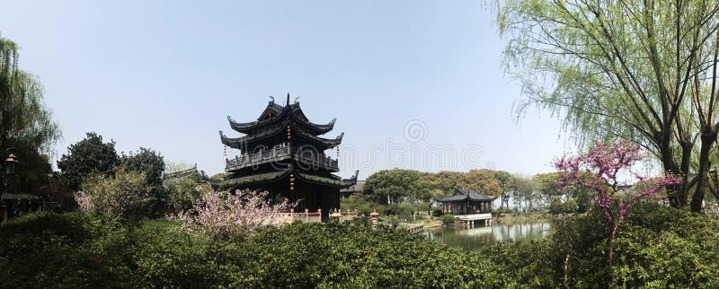 Здание архитектуры Шанхая времени весны восточное стоковое фото rf
