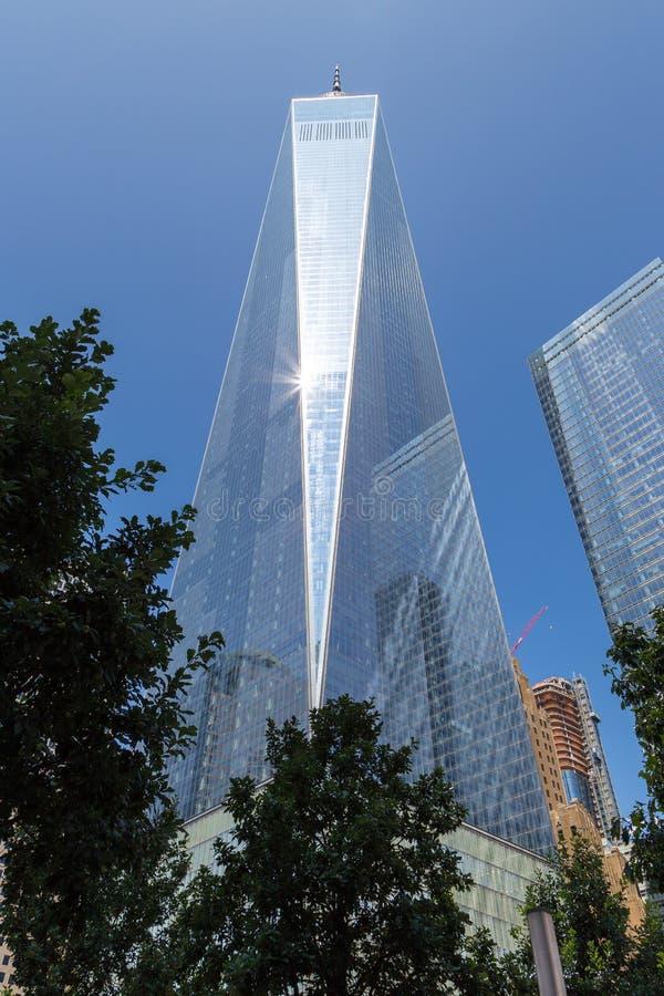 Здание всемирного торгового центра сложное и одно мира разбивочное, Нью-Йорк стоковое изображение rf